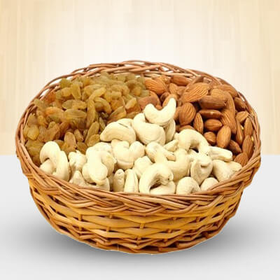 Basket of 1 Kg Mixed dry fruits
